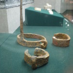 Shackles of forced laborers found in Han Tomb